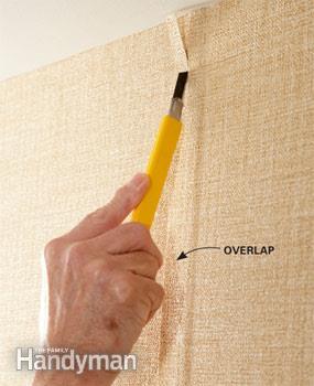 نحوه چسباندن لبه های رول پس از نصب کاغذ دیواری