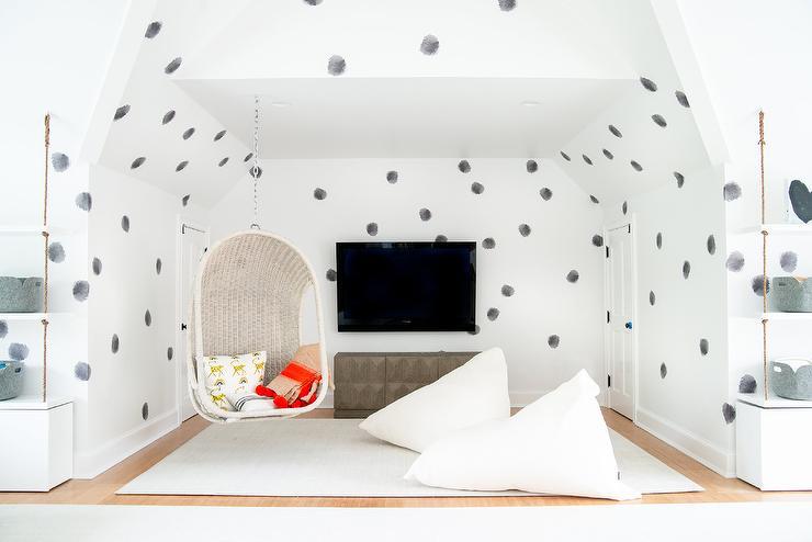 کاغذ دیواری پشت ال سی دی به رنگ سیاه و سفید مناسب اتاق کودک