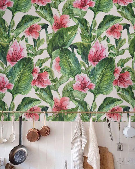 کاغذ دیواری آشپزخانه با طرحی زیبا و متفاوت با برگ موز
